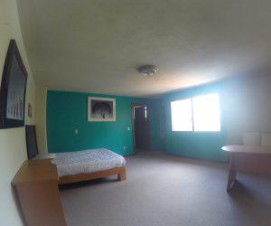.Room 5 (1)