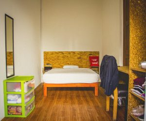 Room-6-Picture-1_