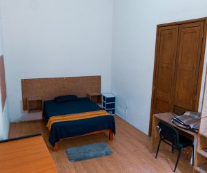 Room 9 (3)