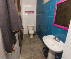 Shared bathroom level 1 (1)