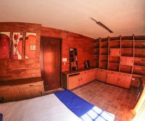 Room 10 (2)