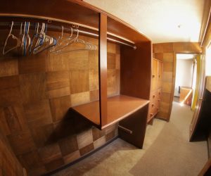 Room 6(Closet)