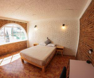 Room 9 (6)