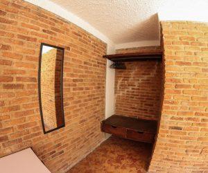 Room 9 (7)