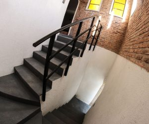 Stairs rooms 9 & 10 (2)
