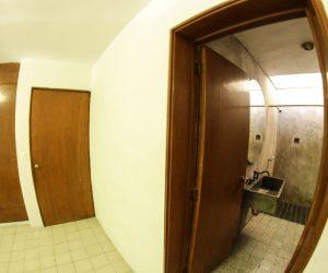 Private Bathroom Room 3 (6)